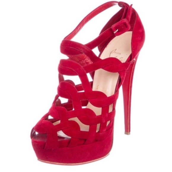 57f6a69d018 Louboutin Larissa Red suede Peeptoe sandals 38
